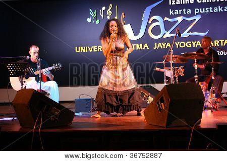 azz music performances