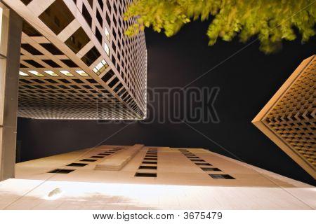 Arquitetura da cidade de noite