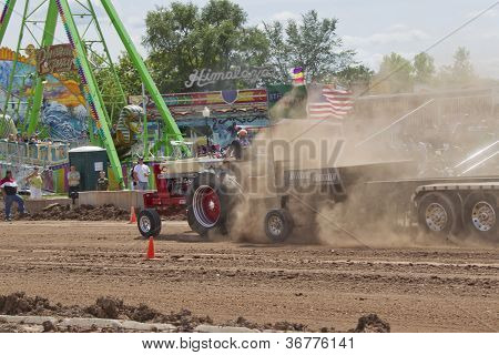 International Tractor Pulling End Of Run