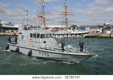 Buque de guerra HMS Archer