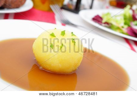 Dumpling With Gravy