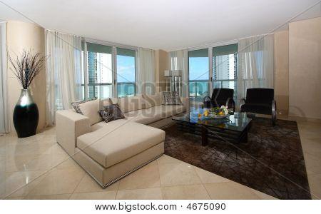 Highrise Livingroom