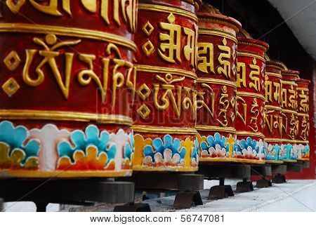 Prayer wheels for meditation