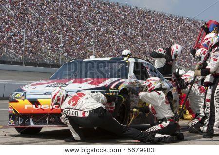 NASCAR: aug 16 Carfax 400