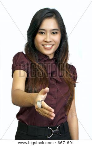 asiatischen Student möchten Hand schütteln