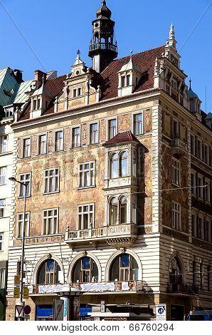 Wiehl House In Prague