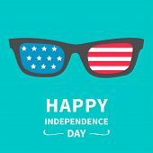 picture of happy day  - Glasses with stars and strips - JPG