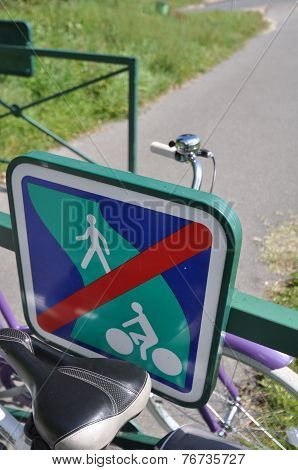 Voies Verte Cycle Route Sign In Burgundy