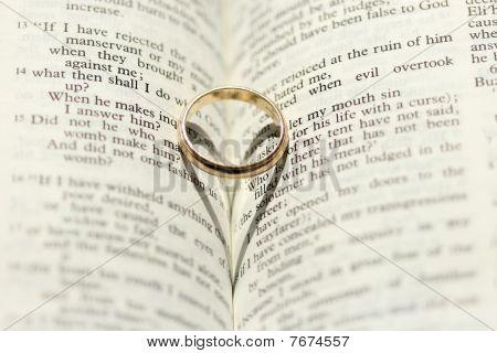 Wedding Ring Heart