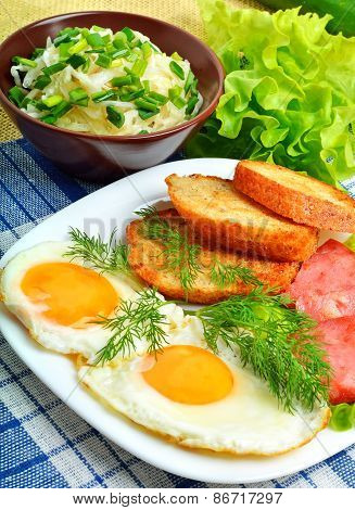 English Breakfast, Scrambled Eggs With Toasts, Bacon, Ham And Vegetamles. Salad With Cabbage, Cucumb