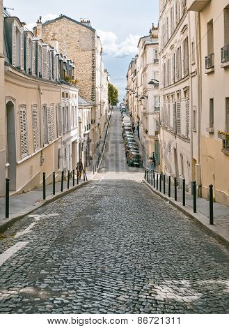 The Historic District Of Montmartre In Paris