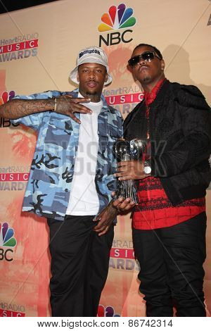 LOS ANGELES - MAR 29:  Jeremih, YG at the 2015 iHeartRadio Music Awards Press Room at the Shrine Auditorium on March 29, 2015 in Los Angeles, CA