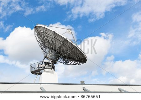 Satellite Communication Parabolic Dish Radar Antenna Or Astronomical Radio Telescope