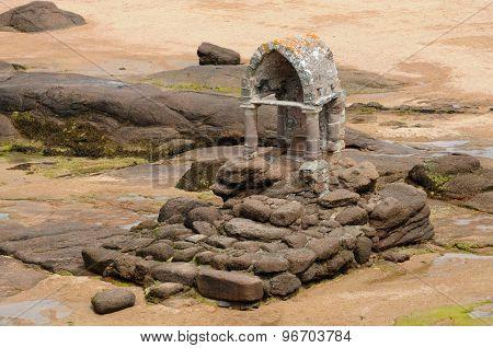 Granit Oratory Of Saint Guirec In Ploumanac H