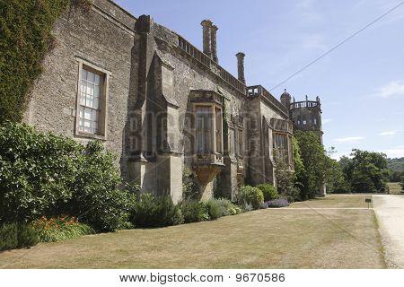 Vista lateral en Lacock Abbey
