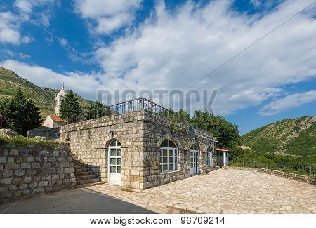 Rezevici monastery old court