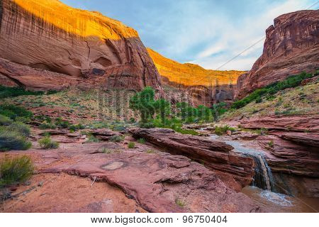 Usa, Utah, Escalante Wilderness. Waterfall In Coyote Gulch