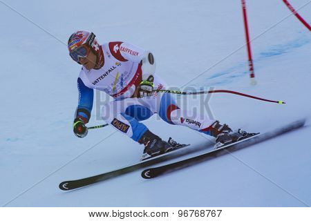 GARMISCH PARTENKIRCHEN, GERMANY. Feb 09 2011: Didier Cuche (SUI) whilst competing in the men's super giant slalom race at the 2011 Alpine skiing World Championships