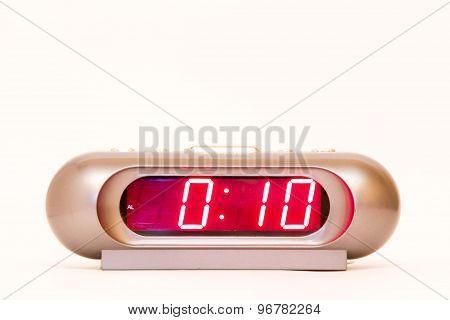 Digital Watch 0:10