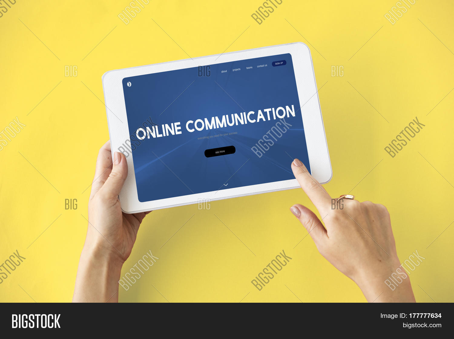 the internet and online communication The role of the internet in business communication is key because it makes communication easier, allows consumers and vendors.