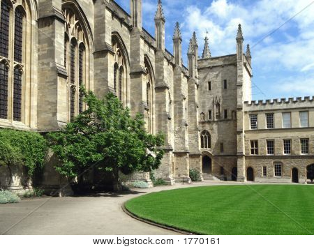 Oxford University, New College Courtyard