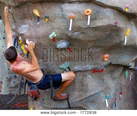 Escalador de la pared de roca