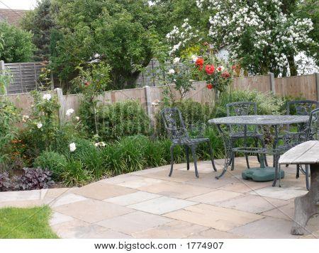 English Garden Through Windo2