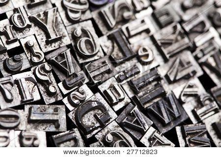 Una selección de caracteres de tipo de tipografía al azar - tipografía