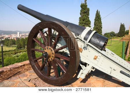 A Cannon Guarding The City