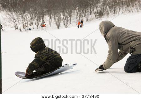 Winterspaß Rodeln