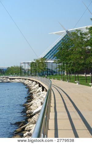 Milwaukee'S Lakefront Walkway