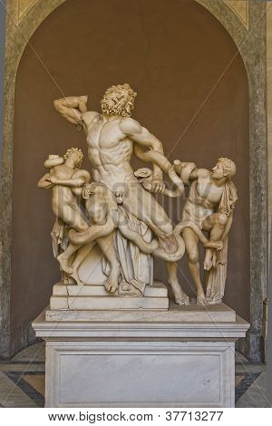 """laocoon And His Sons"""