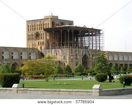 Travel Iran: Ali Qapu palace