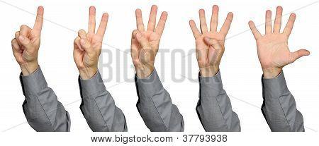 Empresario contar con los dedos