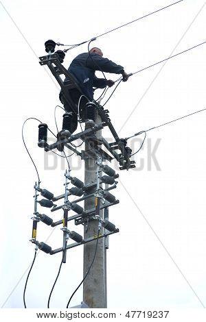 electrician in danger