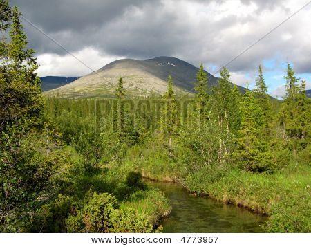 Mount YUdychvumchorr