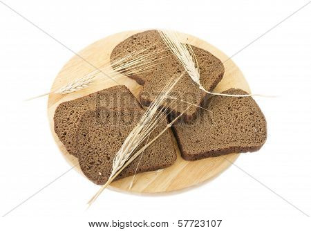 Slices of rye bread and ears