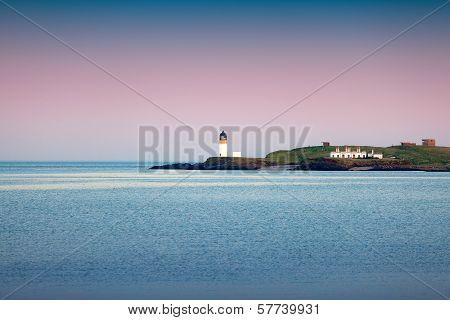 Isle Of Lewis, Scotland : Colorful Dusk On The Sea