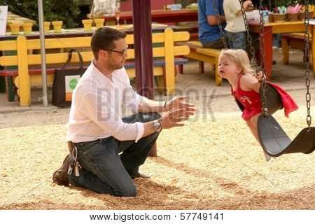 Jason Priestley and daughter Ava at the 2nd Annual Pregnancy Awareness Month Kick off 'Motherhood Begins Now'. Little Dolphins Pre School, Santa Monica, CA. 05-02-09