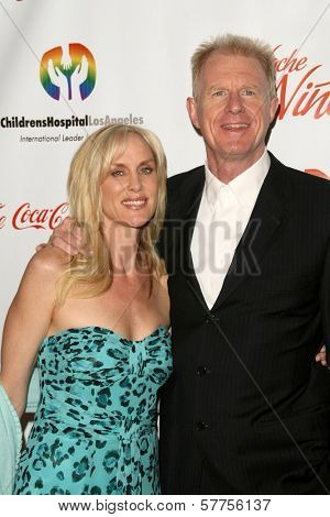Rachelle Carson and Ed Begley Jr  at the 2009 Noche De Ninos Gala. Beverly Hilton Hotel, Beverly Hills, CA. 05-09-09