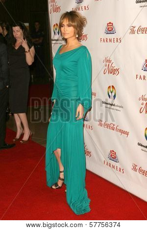 Jennifer Lopez  at the 2009 Noche De Ninos Gala. Beverly Hilton Hotel, Beverly Hills, CA. 05-09-09