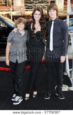 Katherine Schwarzenegger with Patrick Schwarzenegger and Christopher Schwarzenegger at the Los Angeles Premiere of 'Terminator Salvation'. Grauman's Chinese Theatre, Hollywood, CA. 05-14-09