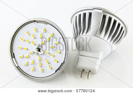 Two Mr16 Led Bulbs Without Accidentally