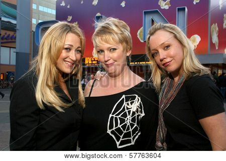 Jennifer Blanc-Biehn with Dena Wiseman and Jennifer Edwards  out for the evening at Universal City Walk. Universal City, CA. 05-21-09
