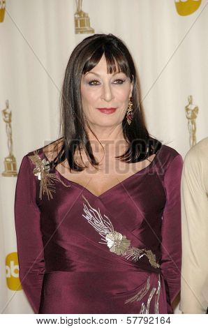 Anjelica Huston  in the Press Room at the 81st Annual Academy Awards. Kodak Theatre, Hollywood, CA. 02-22-09