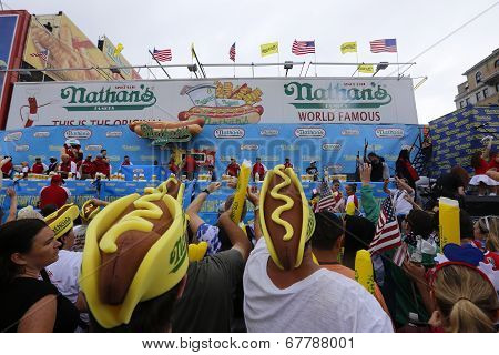 Hotdog & mustard foam hats