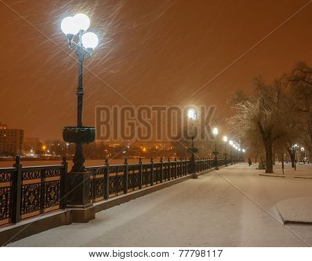lot of snowfall and empty walkway