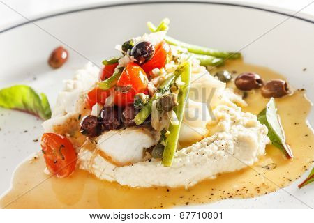 White fish with cauliflower puree