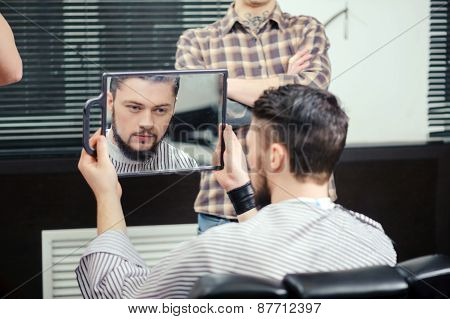 Client looks into the mirror