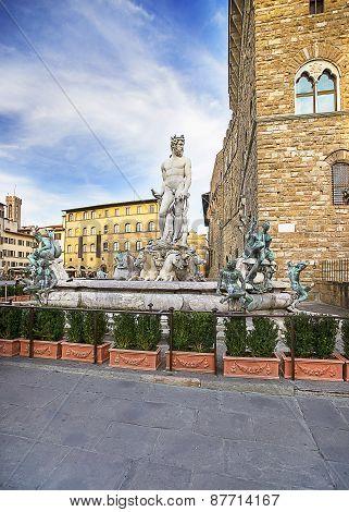 Neptune Fountain Near The Old Palace (palazzo Vecchio) On Square Of Signora (piazza Della Signoria)